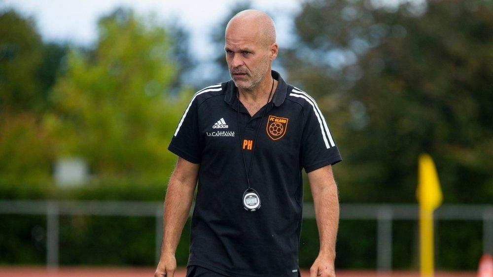 La tête des mauvais jours pour l'entraîneur glandois Pablo Higueras.
