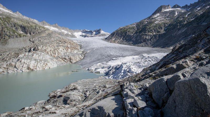Environnement: les glaciers suisses continuent de fondre massivement
