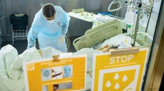 Coronavirus: 100 patients en soins intensifs, moins de 300 lits disponibles en Suisse