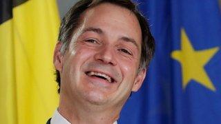 Belgique: après 16 mois de crise, le gouvernement se dote d'un nouveau Premier ministre