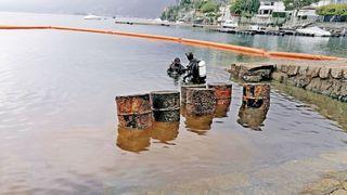 Lac Majeur: des barils de produits chimiques ont été récupérés dans le port d'Ascona