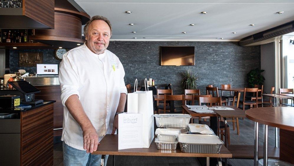 René Müller du restaurant du Club Nautique à Morges tenait absolument à proposer une cuisine à l'emporter, fidèle à celle qu'il propose en salle.