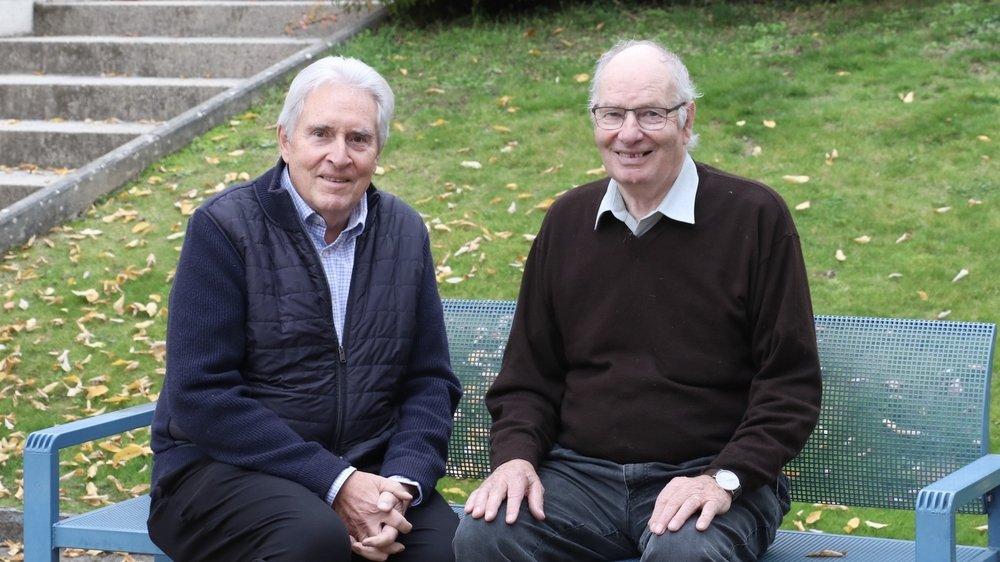 Les municipaux Jacques Favre (à gauche) et Gerard Gervaix  se retirent de la politique communale pour laisser la place aux jeunes.
