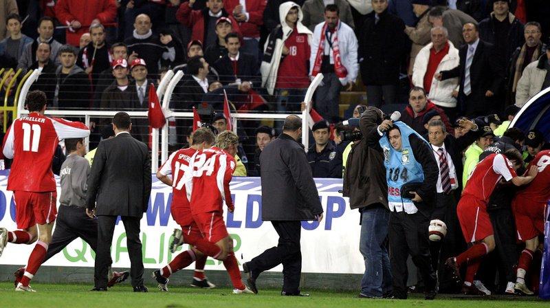 Football: il y a 15 ans, l'équipe suisse plongeait dans l'enfer d'Istanbuli