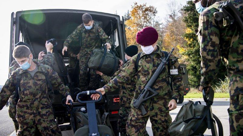 Coronavirus: entrée en service des premiers soldats sanitaires à Moudon (VD)