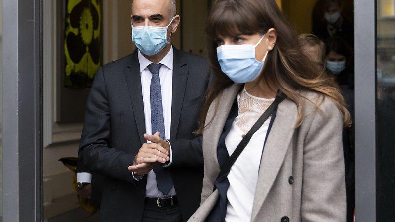 Accompagné de la conseillère d'Etat Rebecca Ruiz, Alain Berset était lundi de passage à Lausanne, où il a notamment visité le CHUV.