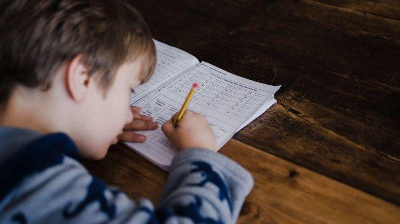 Votre enfant a des difficultés à apprendre ses tables de multiplications? 4 applis pour l'aider