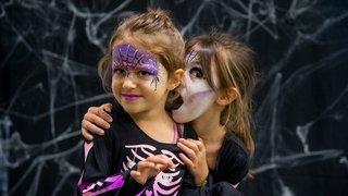 Rolle: des petits monstres d'Halloween ont investi la bibliothèque
