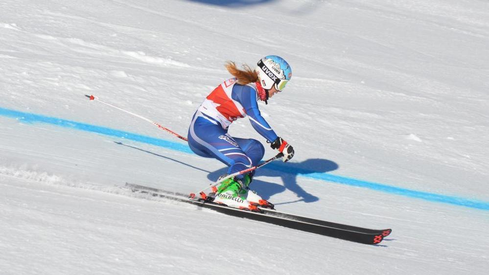 Anna Violon dans ses oeuvres lors du slalom géant disputé à Arosa, aux Grisons.