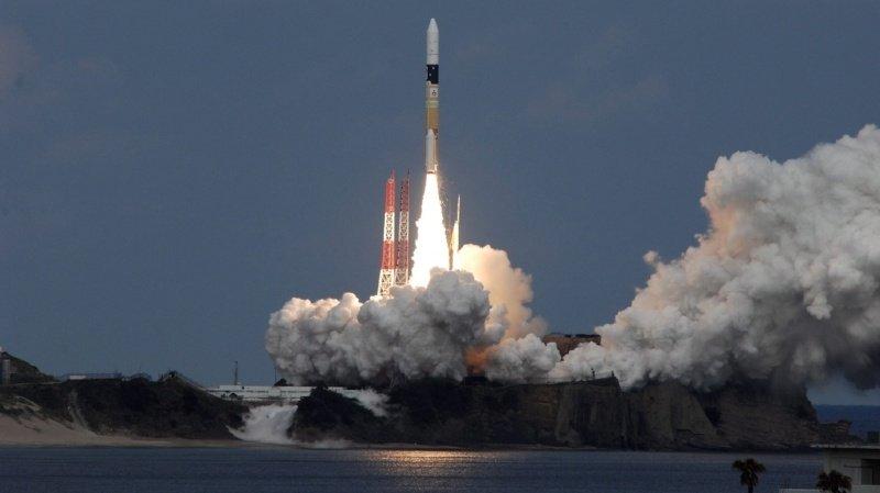 La sonde japonaise Hayabusa 2 (ici lors de son lancement en 2014) a récolté des échantillons sur un astéroïde pour tenter d'apporter des réponses sur le mystère de la création de notre système solaire.