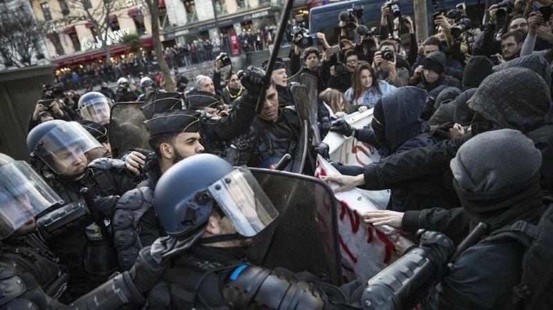 L'affaire Théo avait suscité un vif émoi et même des émeutes comme ici le 18 février 2017, à Paris.