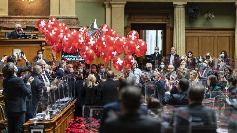 Réseaux sociaux: l'anniversaire d'Ueli Maurer au Parlement passe mal