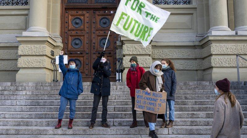 Procès climatique: la justice vaudoise condamne un militant pour avoir bloqué la circulation