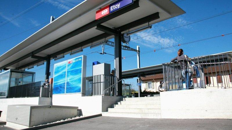 La Gare d'Etoy accueille depuis la rentrée scolaire les gymnasiens étudiant à l'ex-GEMS. Les trains supplémentaires circulant depuis ont été intégrés à l'horaire 2021.