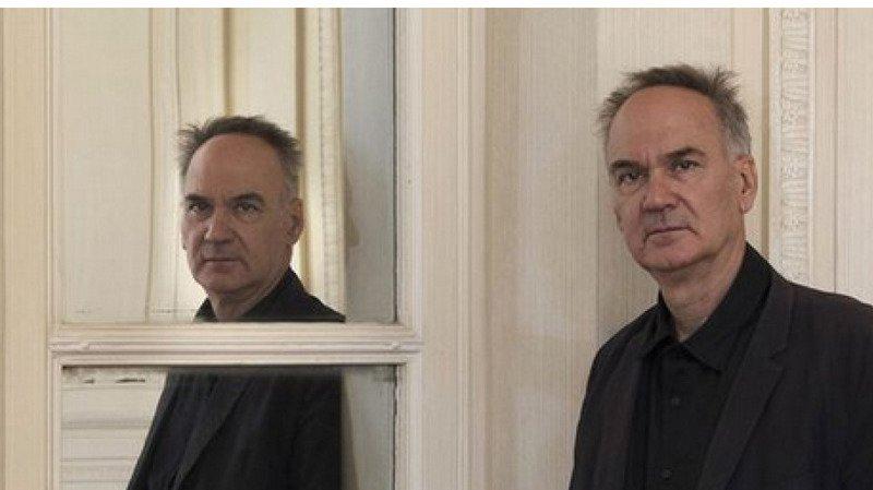 Hervé Le Tellier remporte le Goncourt et Marie-Hélène Lafon obtient le prix Renaudot