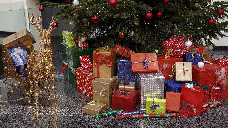 397 francs pour les jouets: quelles sont les dépenses des Suisses pour les cadeaux de Noël?