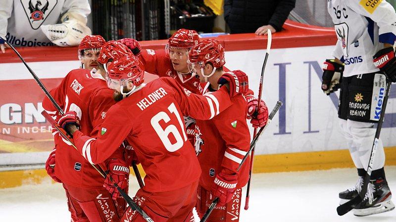 Hockey sur glace: Lausanne remporte le choc au sommet en atomisant Fribourg, Genève s'incline à Lugano