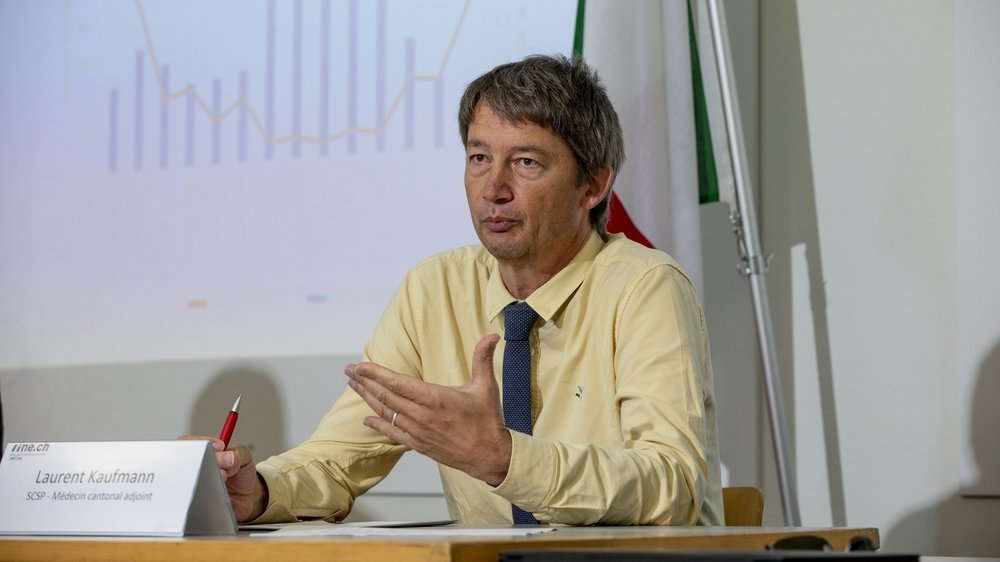 Laurent Kaufmann, médecin cantonal adjoint, ici lors d'une conférence de presse sur la situation sanitaire neuchâteloise en août.