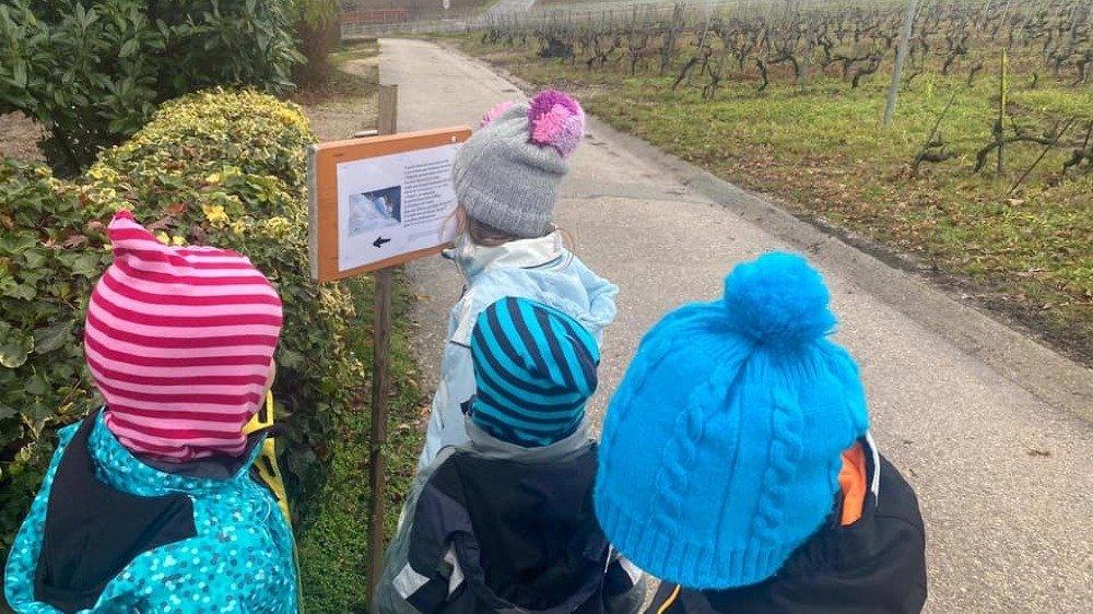 Partir à la découverte de son village, tout en découvrant un conte, c'est la proposition faite aux enfants de la part de l'association Fezzolino.