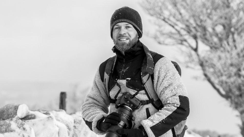 Fan de paysages enneigés, Lucas Margueron doit se régaler à l'heure qu'il est.