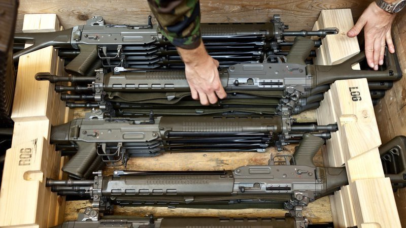 Depuis 2009, l'armée a comptabilisé la disparition de 938 armes.
