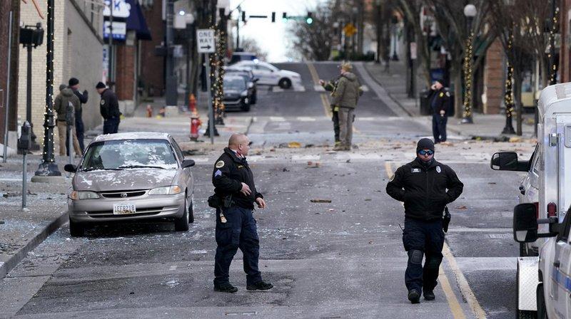 La police a bouclé le secteur touché par l'explosion en ce jour de Noël.
