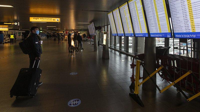 Nouvelle souche de coronavirus: interdiction d'entrée en Suisse pour les voyageurs depuis la Grande-Bretagne