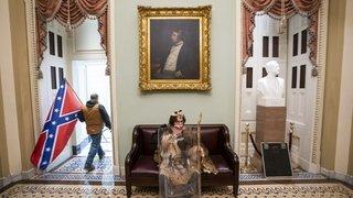 Violences au Capitole: quand «l'Amérique a perdu le nord»