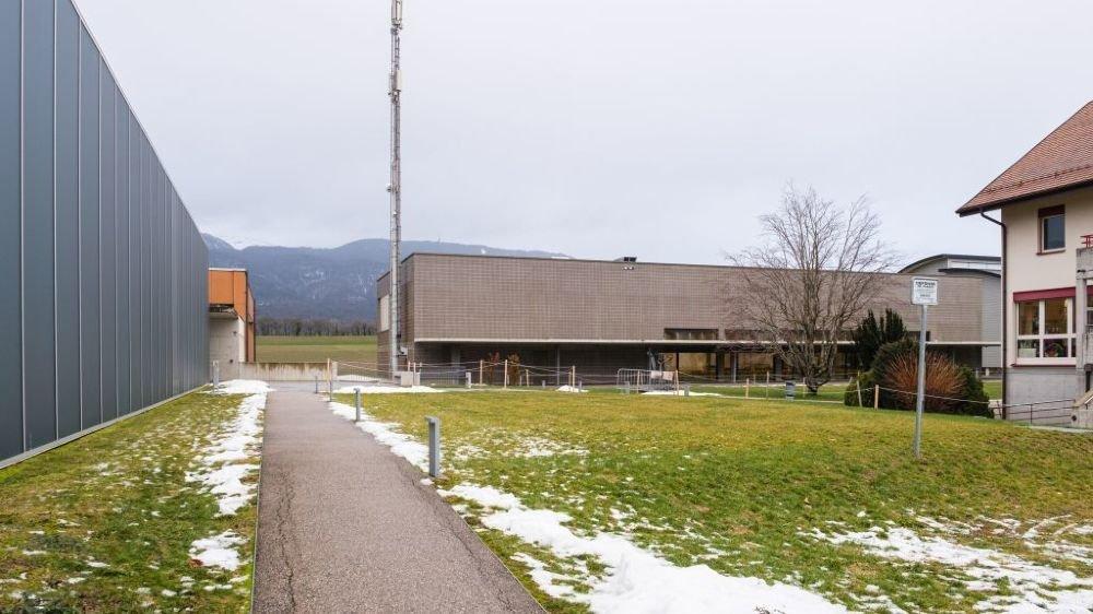 Swisscom et Salt souhaite remplacer l'antenne qu'ils exploitent sur le site de l'école Elisabeth de Portes.