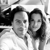 1001 Harmonies: La vie à deux... pianos !