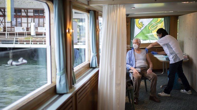Coronavirus: en Thurgovie, la vaccination sur le bateau est gérée par un groupe privé