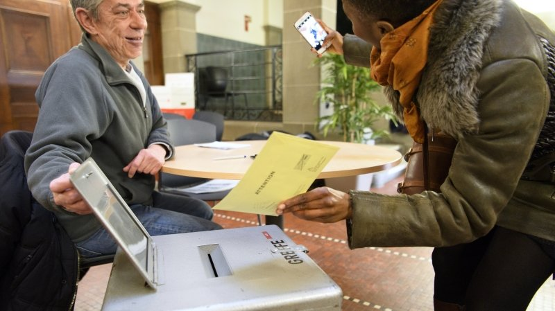 Egalité: les Suissesses prennent davantage part aux scrutins