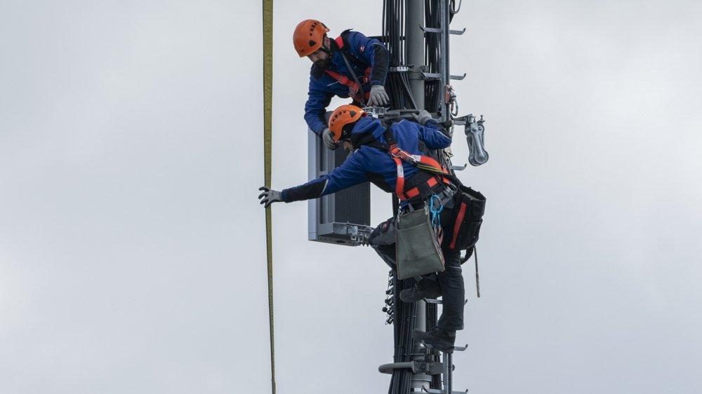 Les antennes adaptives divisent encore pro et anti 5G.