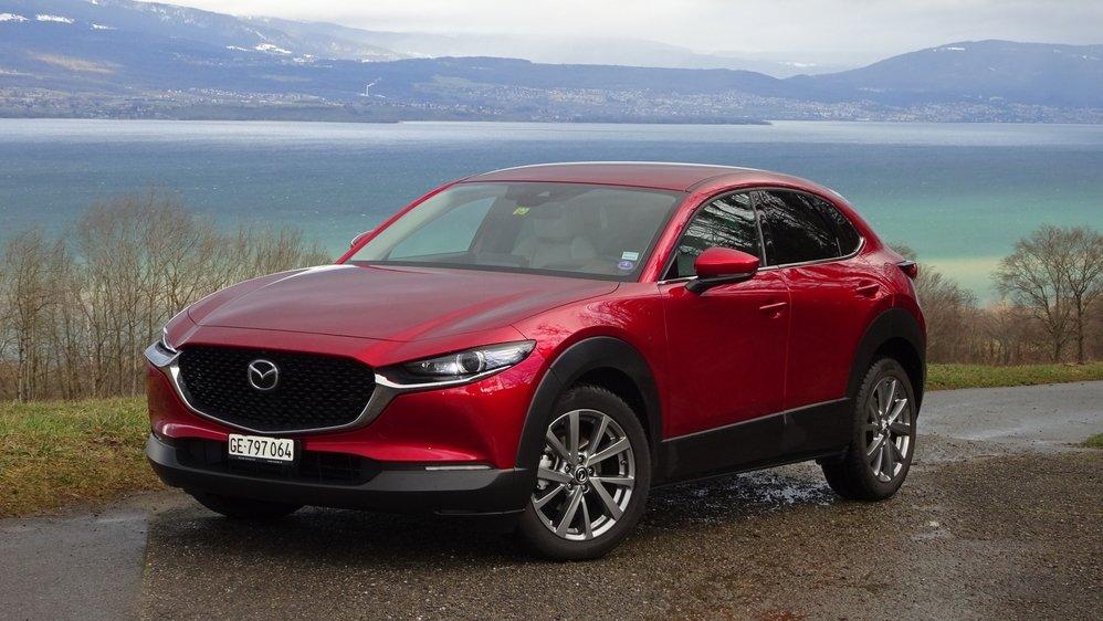 Le CX-30 de Mazda se distingue par un comportement dynamique agile.