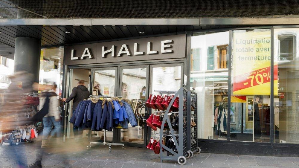 La Halle aux chaussures a été rachetée par le groupe GIFI, qui s'installera prochainement à la rue de la Gare.