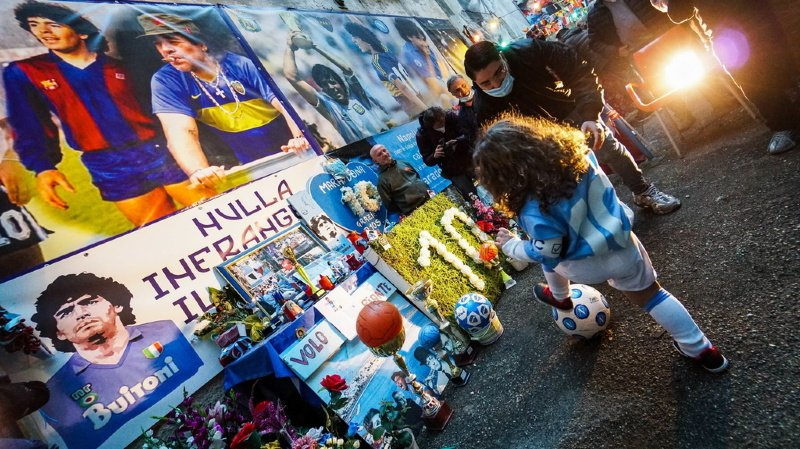Argentine: des experts convoqués pour enquêter sur la mort de Diego Maradona