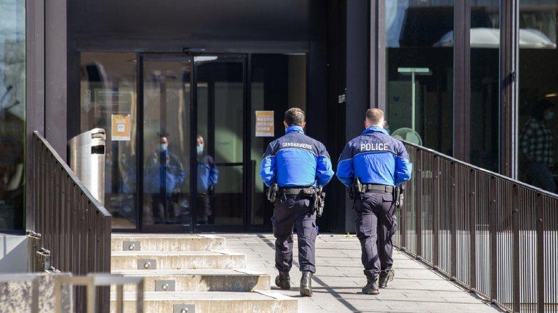 Vaud – Policier jugé pour meurtre à Bex: «J'ai tiré pour sauver ma vie»