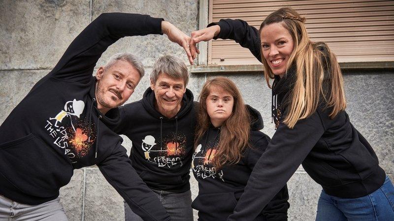 Nyon: ils créent un hoodie inclusif avec Laura Chaplin