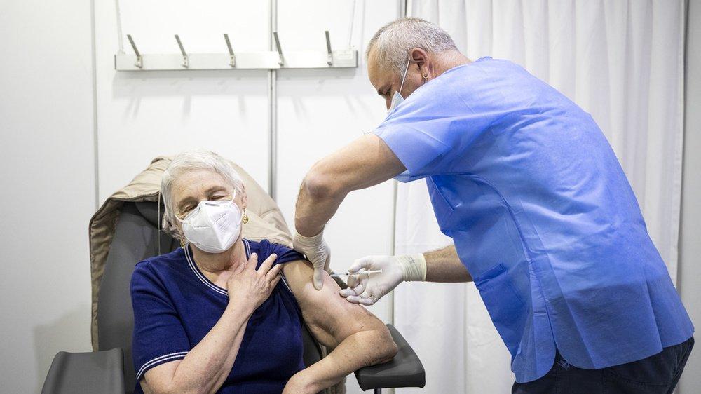 Le vaccin est la seule solution pour combattre les maladies incurables.
