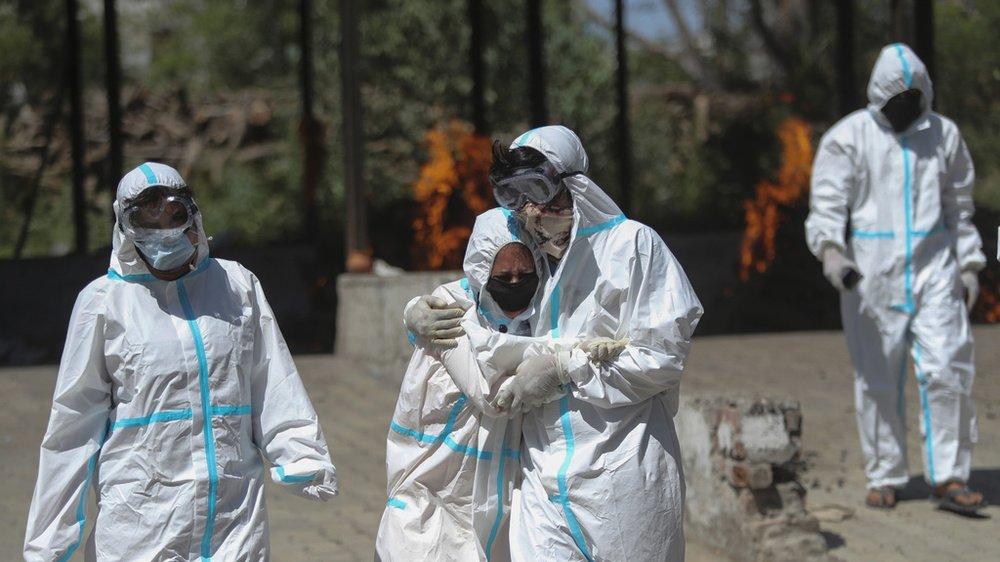 L'Inde a enregistré le plus fort pic de décès quotidiens depuis le début de la pandémie.
