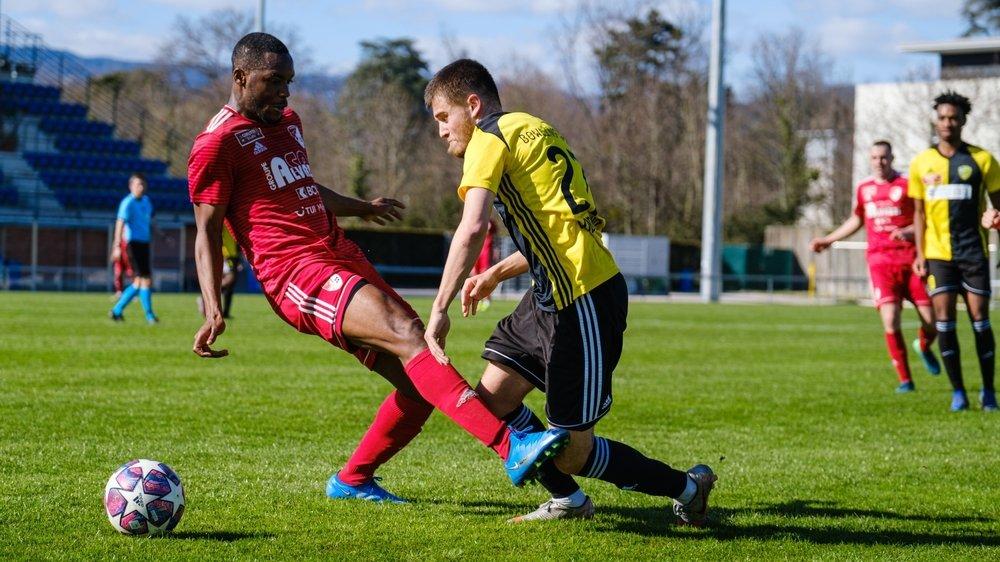 """Pablo Londono et les """"jaune et  noir"""" ont signé un succès probant face à Bavois."""