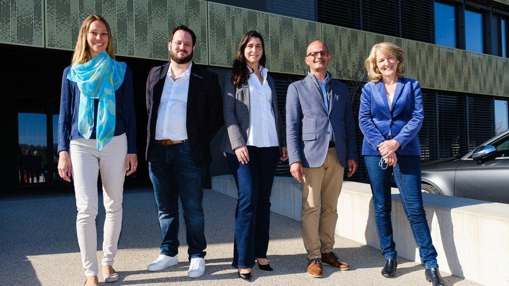 La nouvelle Municipalité de Rolle, de gauche à droite: Cécile Rod, Loïc Haldimann, Margaret Ruchti, Giorgio Micello et Monique Choulat Pugnale.