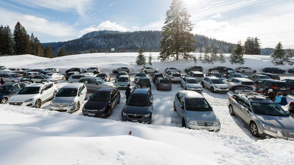 A La Givrine cet hiver, le besoin d'aménager et d'agrandir le parking s'est fait fortement sentir.