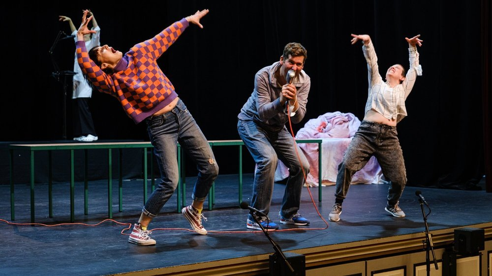 """Après en avoir fait une captation en janvier dernier, la compagnie Freckles jouera enfin en """"présentiel"""" son spectacle """"Les Absolues"""", ce week-end au Casino Théâtre de Rolle."""