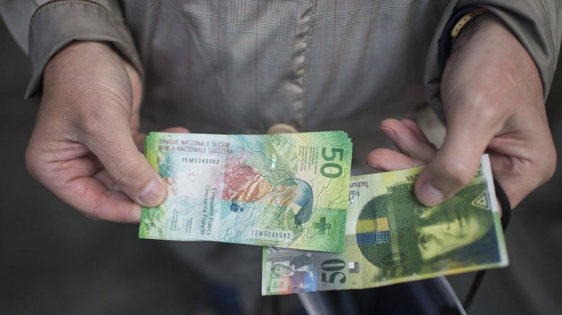 Selon la BNS, les billets seront toujours acceptés jusqu'au 30 octobre 2021 dans les caisses publiques du gouvernement fédéral, comme aux guichets des CFF ou de la poste. (illustration)