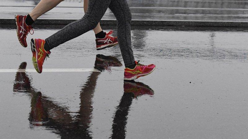 L'importance de faire du sport et de bouger se manifeste tant aux niveaux physique que mental. (illustration)