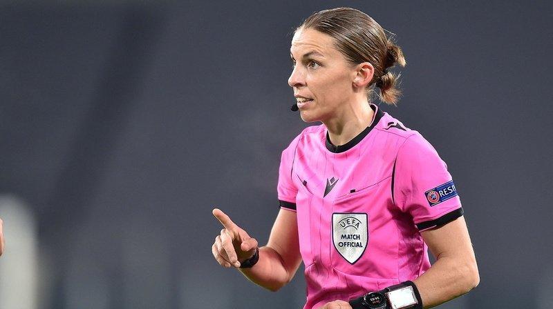 Football – Qualifications Mondial 2022: Stéphanie Frappart, première femme arbitre