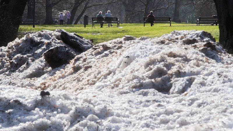 Météo: neige et chute brutale des températures, l'hiver fait de la résistance