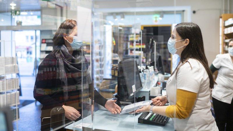 Coronavirus: pénurie d'autotests, les pharmacies fâchées contre Roche