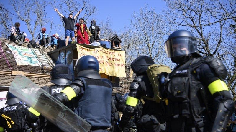 Zad du Mormont: la police déloge les derniers zadistes